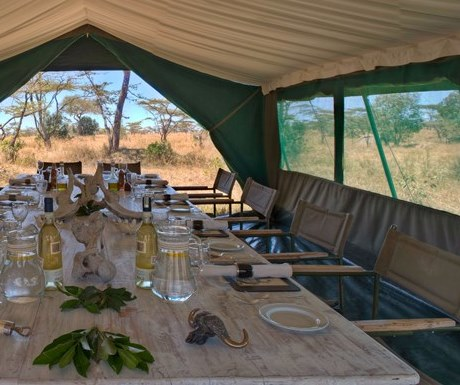 Meals on a riding safari - S Unlimited