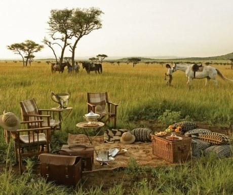 Meals on a riding safari - Singita