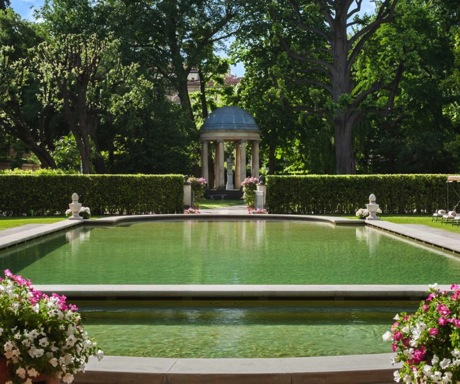 6 Cant Miss Experiences in Florence-Four Seasons Firenze Pool