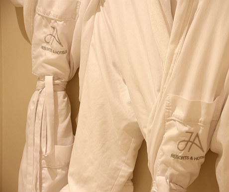 JA Palm Treet Court robes
