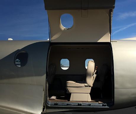 Pilatus PC-12 seat