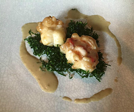 Stir-fried Atlantic lobster, crunchy kailan, foie gras sauce