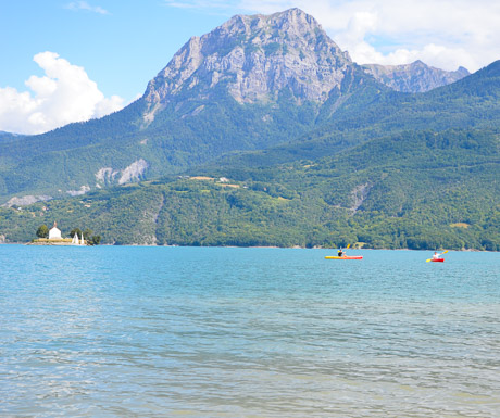 kayaking on the lakes of southern french alps (1 of 1)-2