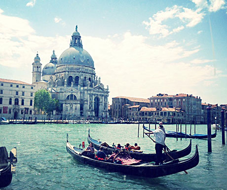 Beautiful afternoon on the Grand Canal
