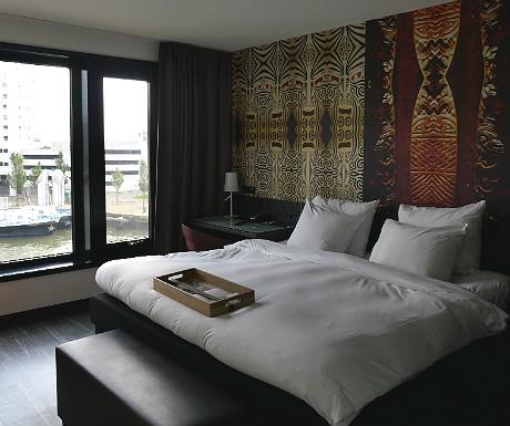 Mainport Hotel bedroom