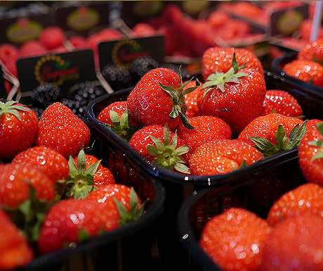 Markthal strawberries