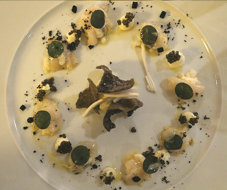 Parkheuvel Restaurant scallops black and white