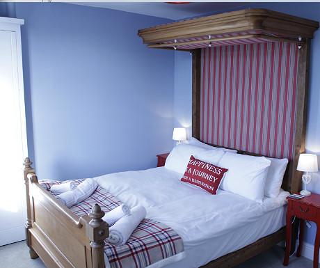 Seaside bed room