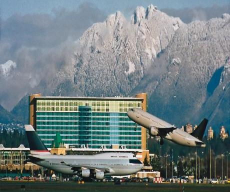 fairmont_Vancouver_Airport [www.imagesplitter.net]
