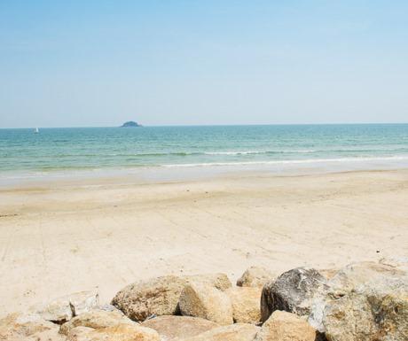 2_stunning beach