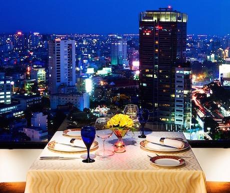 Sheraton Towers Saigon - Signature restaurant_City view
