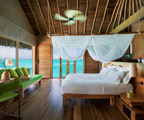 Six Senses Laamu Water Villa Pool