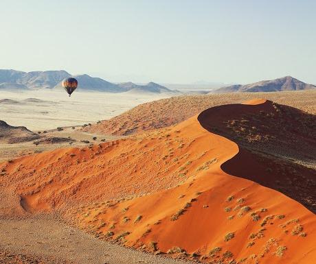 Ballooning over Sossusvlei