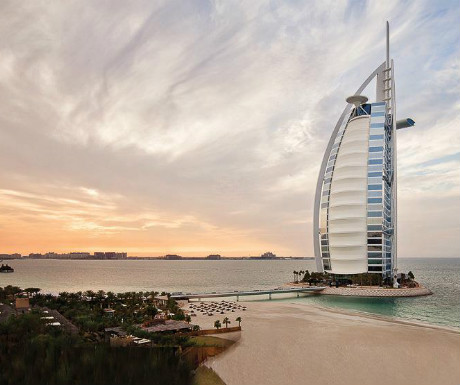 Jumeirahinside at the Burj al Arab