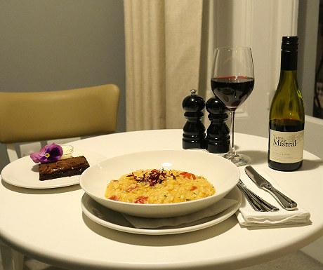 Laslett room service