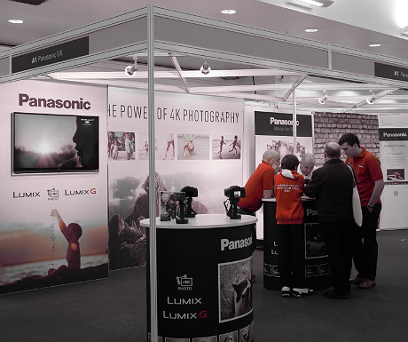 Panasonic stand using dynamic monochrome