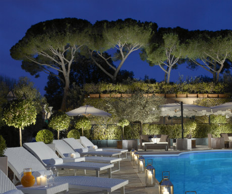 Parco dei Principi Grand Hotel pool at night