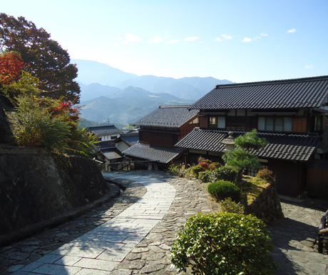 The-quiet-streets-of-Tsumago