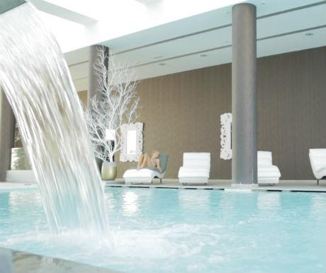 Diamond Delxue Hotel health club indoor pool and Spa