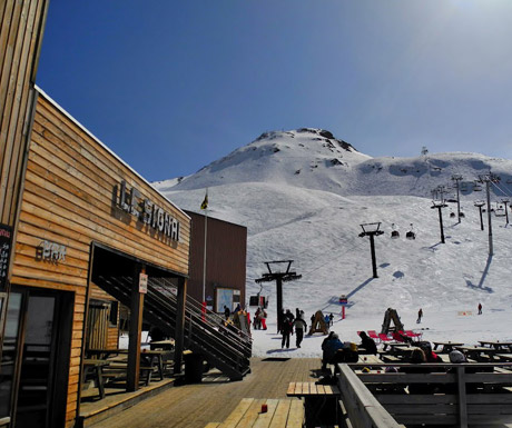 Mountain dining with views at Le Signal