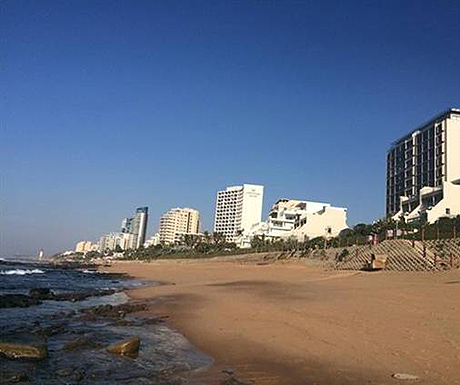 Umhlanga Rocks golden beach