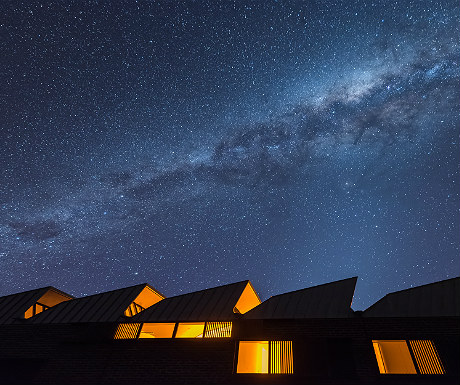 Alkina Lodge at night