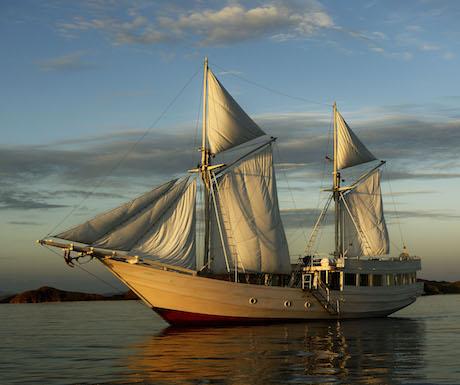 3. Alexa, Komodo Islands, Indonesia - boat (3)