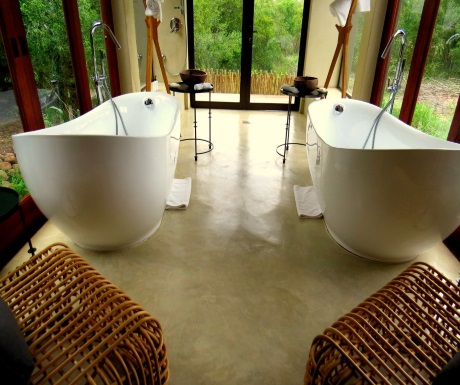 Bathtubs at Sabi Sabi Bush Lodge