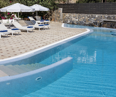 Elounda Gulf Villas main swimming pool