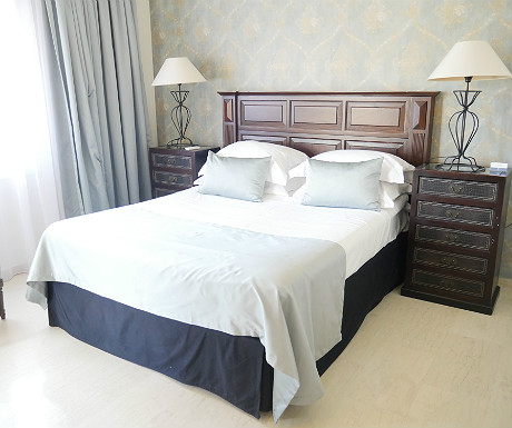 Villa Erato master bedroom