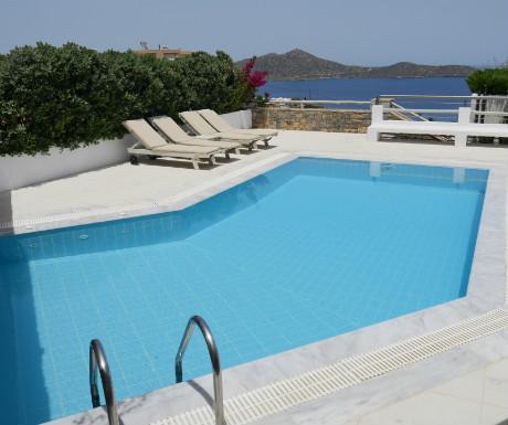 Villa Erato pool