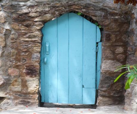 kaya mawa door