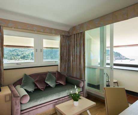 Portovenere Suite living room