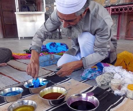 Tie die process in Araveli