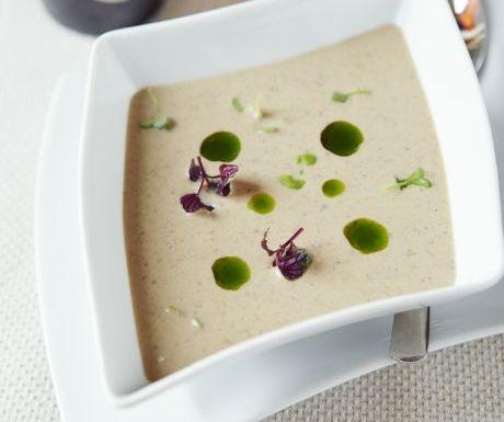 Icelandic mushroom soup