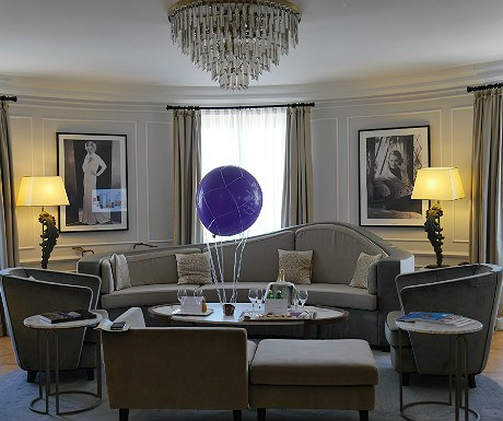Hotel Maria Cristina Bette Davis suite living area