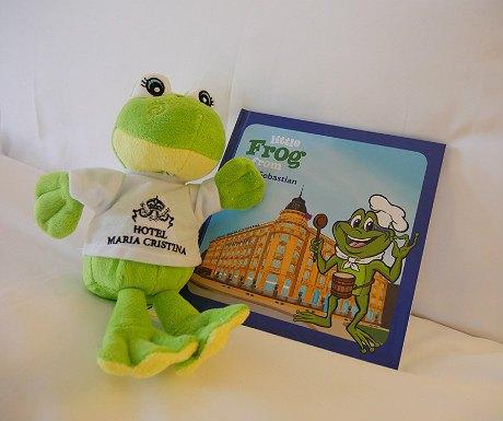 Hotel Maria Cristina frog