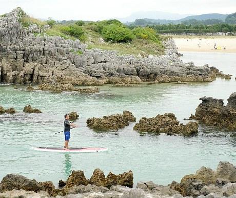 Isla Playa paddle boarder
