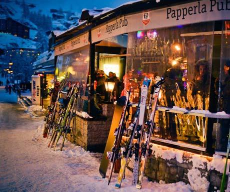 Late nights at Papperla Pub Zermatt