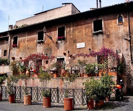secret rome piazza de mercanti