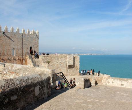 peniscola-templar-castle-looking-over-sea