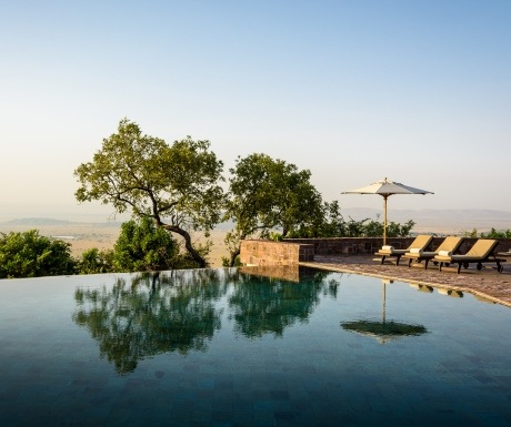 Singita Sasakwa lodge Serengeti Tanzania infinity pool