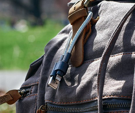 fuse-chicken-titan-loop-iphone-key-chain-cable