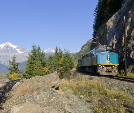 the-canadian-via-rail