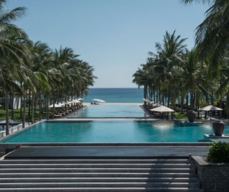 vietnam-luxury-resorts-four-seasons-the-nam-hai