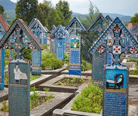sapanta-cemetery