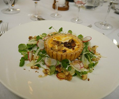 goats-cheese-red-onion-and-pear-tart