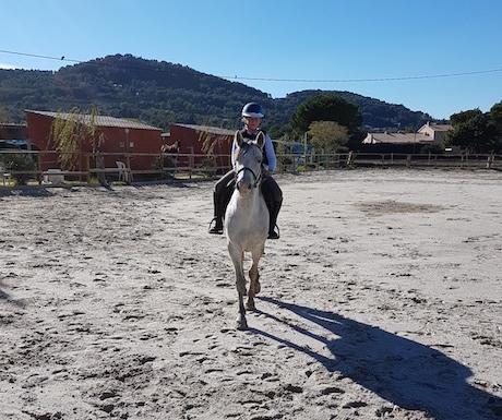 horse-riding-provence
