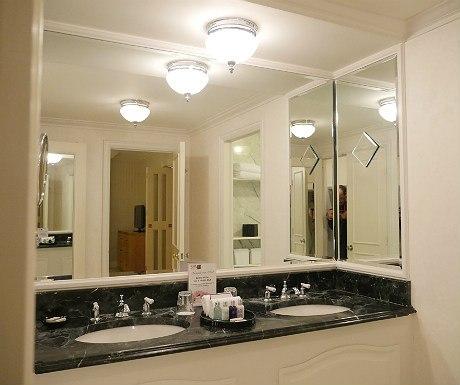 landmark-bathroom