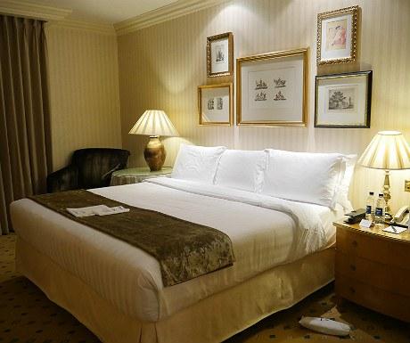 landmark-bedroom